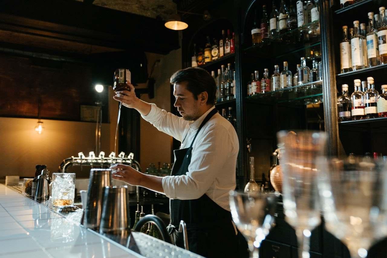 devenir barman