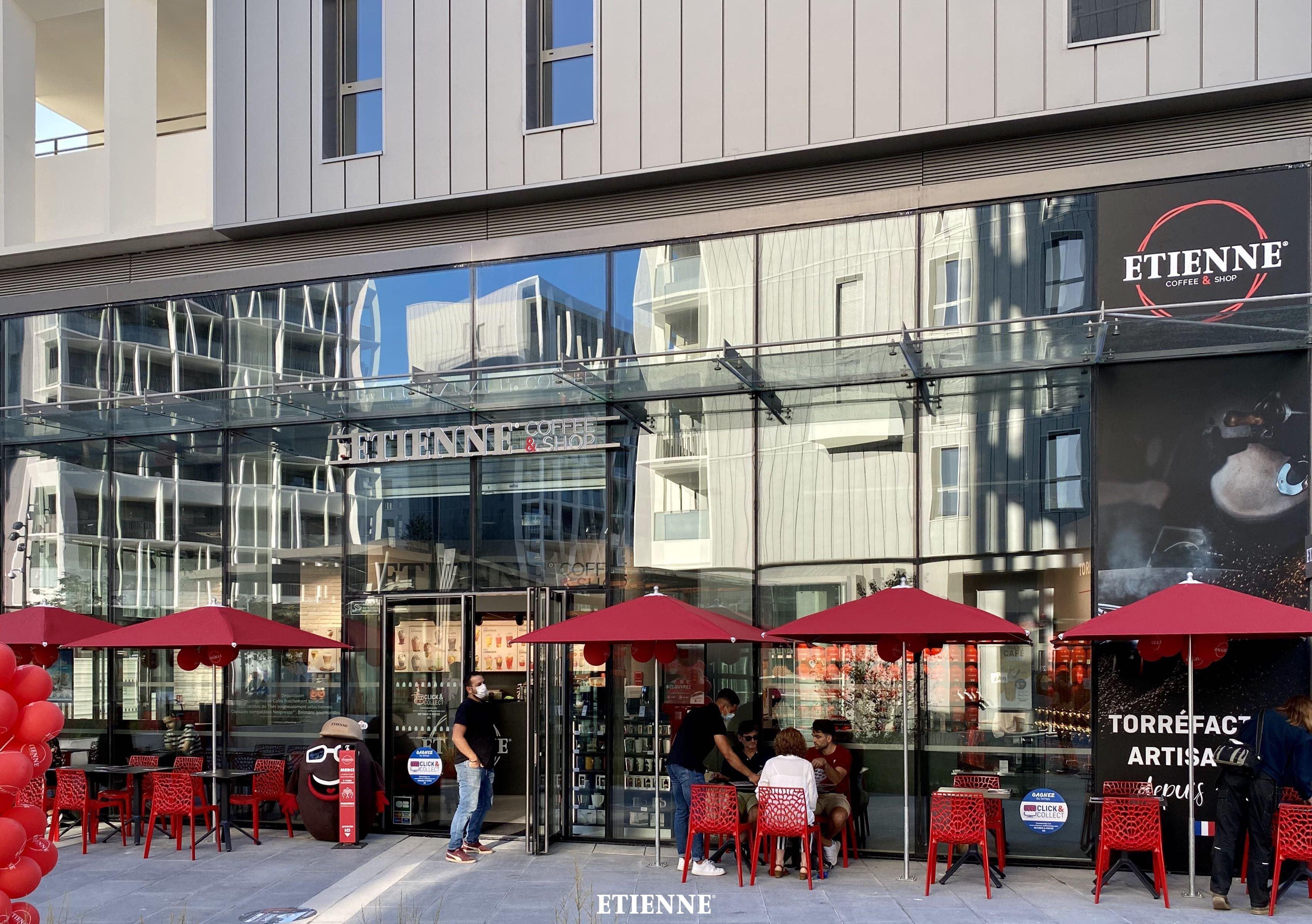 extérieur ETIENNE Coffee& Shop Bordeaux
