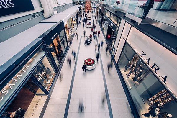centre commercial commerces franchise Zara