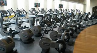avis devenir franchis fitness park la r ussite de fitnesspark d coule de son mod le. Black Bedroom Furniture Sets. Home Design Ideas
