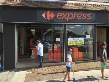 vraiment à l'aise nouvelles variétés plusieurs couleurs Un nouveau Carrefour Express a ouvert en juin 2016 à ...