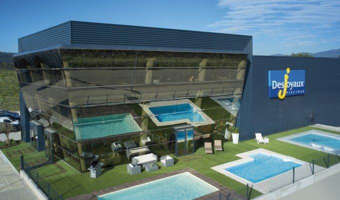 franchise piscines desjoyaux 2019 ouvrir concepteur de. Black Bedroom Furniture Sets. Home Design Ideas