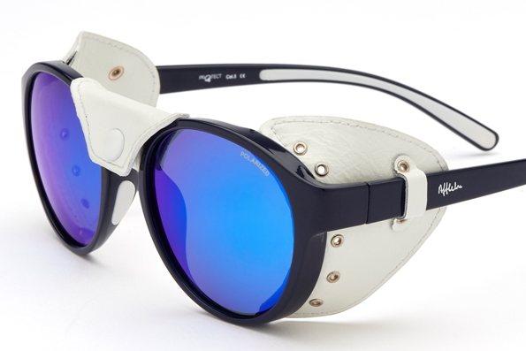 L enseigne ALAIN AFFLELOU lance une nouvelle collection de lunettes  solaires pour les professionnels des sports d hiver bf4e4efcbf9f