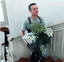 L\'enseigne Truffaut fête le printemps avec Fleurenville
