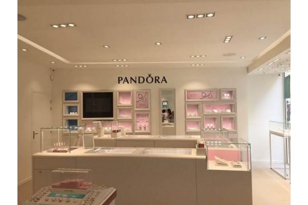 L Enseigne Pandora Continue Son Développement En Franchise