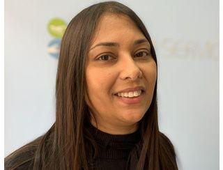 Hasnia Bennacer, Franchisée