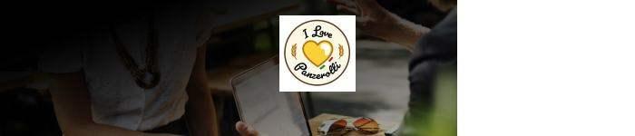 Panzerotti est un très célèbre street food italien. Fabriqué par des Italiens. Poches à pizza frites ou au four!